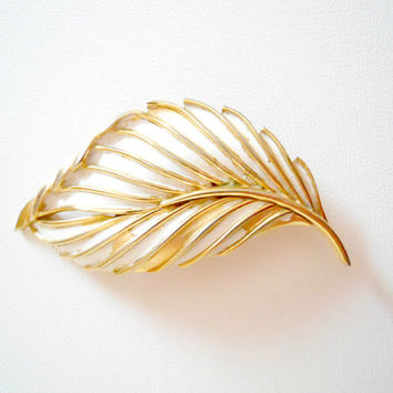 Vintage Signed Trifari Gold and White Enameled Leaf Pin Brooch