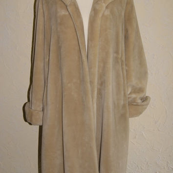 Womens Full Length Faux Fur Coat By LURANA Size Medium 8 To 10 Blonde Color Made 1960s To 1970s Mouton TYPE