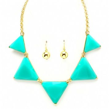 Hannia's Chunky Turquoise Triangle Stone Necklace Set