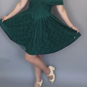 f9901b56f3b Vintage 1980s 90s Short Emeral Green Lace Prom Gown Lolita Princ