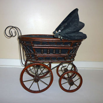 Vintage Doll Carriage, Victorian Buggy Rattan Wicker Stroller