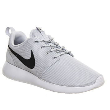 Nike Roshe Run Grey Black W - Unisex Sports