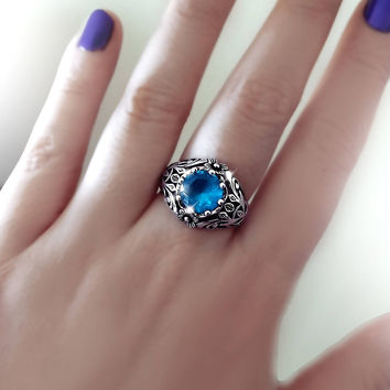 Vintage ring, Blue topaz ring, sterling silver ring, engraved ring, flower ring, antique silver ring, vintage jewelry, estate jewelry