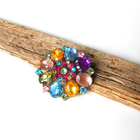 Stunning Vintage Brooch, rainbow shades of gemstones multi color Rhinestone Brooch