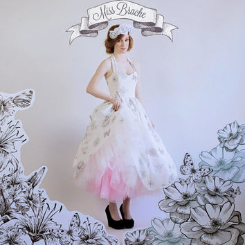 Sugar Skulls, Flowers and Butterflies Print  Wedding Dress with OMBRE Petticoat  Tea Lengthwith Sweetheart Neckline Gathered Skirt