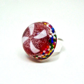 Christmas Ring, Peppermint Ring, Holiday Sprinkles Jewelry, Candy Ring, Peppermint Candy Ring, Candy Jewelry, Christmas Jewelry, Candy Resin