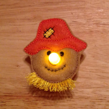 Scarecrow battery operated light up tealight pin embroidered, thanksgiving, autumn, fall, holiday, brooch, jewelry, accessories, tea light