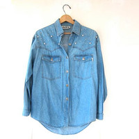 80s denim shirt. Faux Pearl Jean shirt. Light Wash.