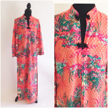 Vintage Caftan, 70's Loungewear, Robe, Mandarin Collar, Asian Style, Maxi, Kaftan, Floral on Coral, Boho, Maxi Dress