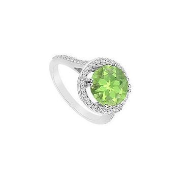 Peridot and Diamond Ring : 14K White Gold - 1.25 CT TGW