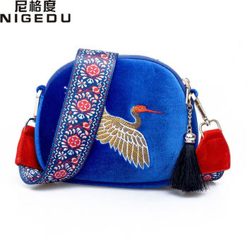 New design velvet tassel clutch bag for Women's Crossbody Bags Hand embroidery Cranes retro Wide shoulder messenger bag mini bag
