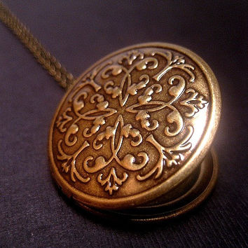 Simple Bronze Photo Locket Necklace
