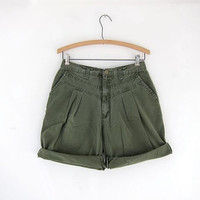 Vintage 80s green shorts. high waisted shorts. army green shorts.