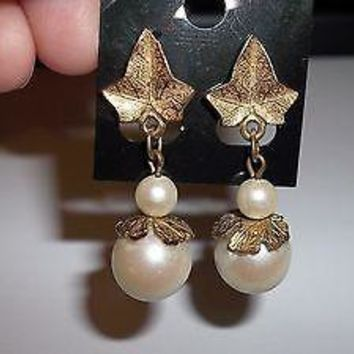 Vintage 15mm Feaux Pearl and Gold Tone Dangle Post Back Earrings (circa 1970's)