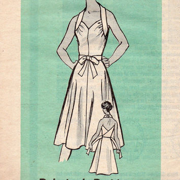 Classic Style Apron Wrap Dress 70s Marian Martin Sewing Pattern Halter Sweetheart Neck Full Skirt Uncut FF Bust 34