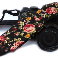 Roses camera strap with lens pocket. Canon Nikon Camera Strap. Photo Camera Accessories