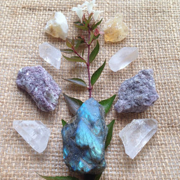 Labradorite Crystal Set Crystal Collection Bohemian Decor Crystal Grid Quartz Collection Healing Crystals and Stones Hippie Decor