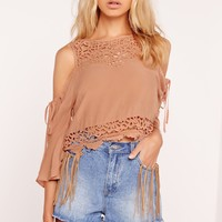 Missguided - Lace Yoke Cold Shoulder Top Nude