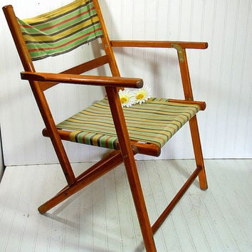 Vintage Wood and Canvas Folding Beach Chair - Retro Telescope Furniture OutDoor Lawn Seating - Shabby BoHo Chic Cottage Portable Camp Chair