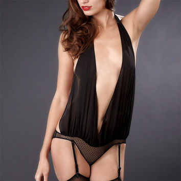 Maison Close: Music Hall Draped Body