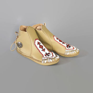 70s MINNETONKA Beaded MOCCASINS / Beige Leather Beaded Fringe Ankle BOOTS, 5.5-6