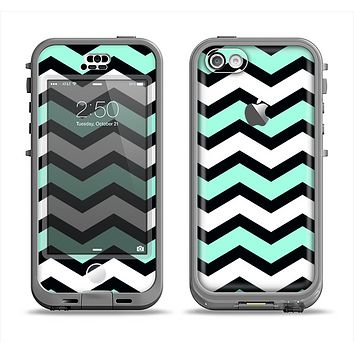 The Teal & Black Wide Chevron Pattern Apple iPhone 5c LifeProof Nuud Case Skin Set