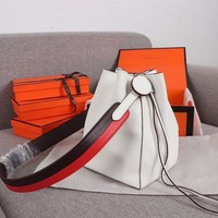 288 Hermes Licol Casual Evercolor Leather Fashion Bucket bag white