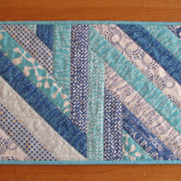Quilted Reversible Table Runner, ZigZag