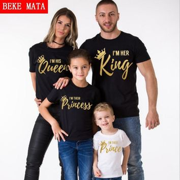 Cool BEKE MATA Family Matching Clothes 2017 Summer New Fashion Father Son T-shirt King Queen Family Look Mother Daughter Clothing SetAT_93_12