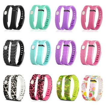 Large/Small Replacement Wrist Band Wristband for Fitbit Flex w Clasps No Tracker