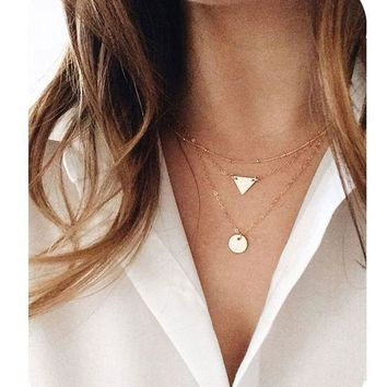 CREYV2S Defiro Layered Necklaces Pendant Good Luck Horseshoe Rhinestone Necklace for Women Jewelry