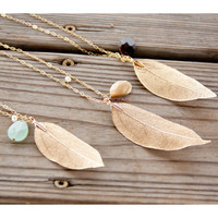 Close To Nature Leaf Pendant Necklaces