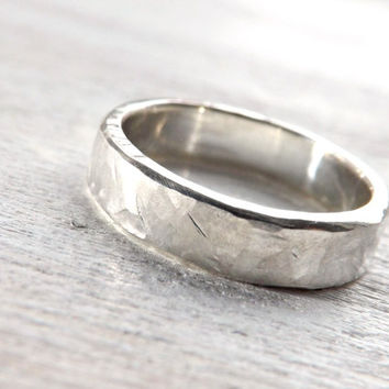 rugged silver ring - hammered ring silver 4mm to 6 mm wide rustic mens ring rustic wedding ring