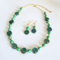 Green Necklace Earring Set Green Beaded Necklace Set Green Stone Glass Necklace Beaded Short Necklace Short Bead Necklace Jewelry Set Gift