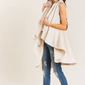 Priscilla Cream Sleeveless Shawl
