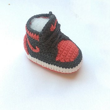 Crochet baby Nike sneakers, Nike Air Jordan baby shoes, Inspired baby crochet booties, crochet baby shoes