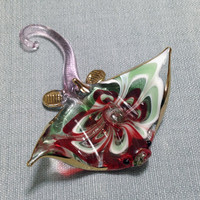 Hand Blown Glass Manta Ray Fish Sea Animal Cute White Red Green Gold Figurine Statue Decoration Collectible Small Tiny Craft Hand Painted