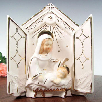 Vintage MARY JESUS NATIVITY Wall Pocket Planter Figurine