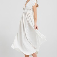 Viena Pleated Dress Discover the latest fashion trends online at storets.com
