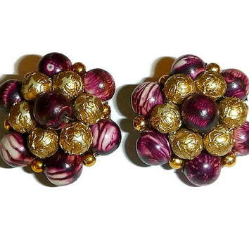 Vintage Marsala & Gold Bead Cluster Clip Earrings Made in Hong Kong Burgundy Mid Century Plastic Bead Vintage Jewelry Autumn Fall Fashion