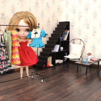 1/6 scale Miniature Garment rack / Cloth rack stand for dolls (Blythe, Barbie, Pullip, Obitsu, Momoko, 12'' Fashion dolls).