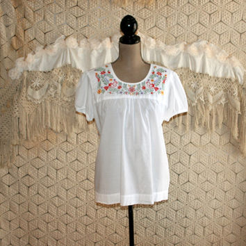 White Peasant Top Ethnic Mexican Bird Embroidered Cotton Blouse Short Sleeve White Blouse White Top Summer Top Medium Large Womens Clothing