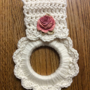Rose kitchen towel hanger, Victorian kitchen towel holder, hand crochet towel holder, button towel hanger, oven towel hanger,