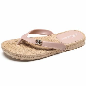 Chanel summer double C letter simple flip flops female flat beach slippers F0348-1 Pink