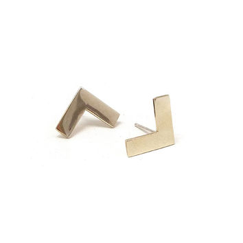 Annie Costello Brown - Medium Corner Earring