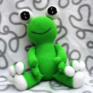 Frog Amigurumi Pattern. INSTANT DOWNLOAD
