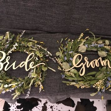 Wooden Bride & Groom Chair Signs Wreath - Vintage & Rustic Wedding