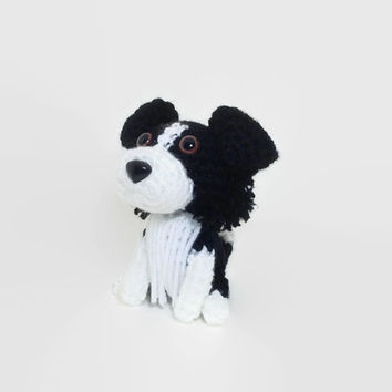 Border Collie Amigurumi Dog Crochet Dog Stuffed Animal Handmade Doll  / Made to Order