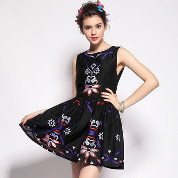Floral Designed Sleeveless Dress
