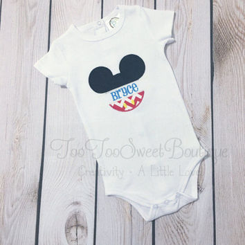 Mickey Mouse Outfit, mickey mouse Onesuit, Boys mickey Onesuit, newborn disney Onesuit, newborn mickey mouse, embroidered mickey,